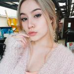 """Chỉ mới 16 tuổi, nhưng """"bông hồng lai"""" Đức – Việt này đã xinh đẹp và quyến rũ khó cưỡng!"""