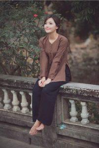 Vẻ đẹp mộc mạc, giản dị của cô gái sinh năm 93